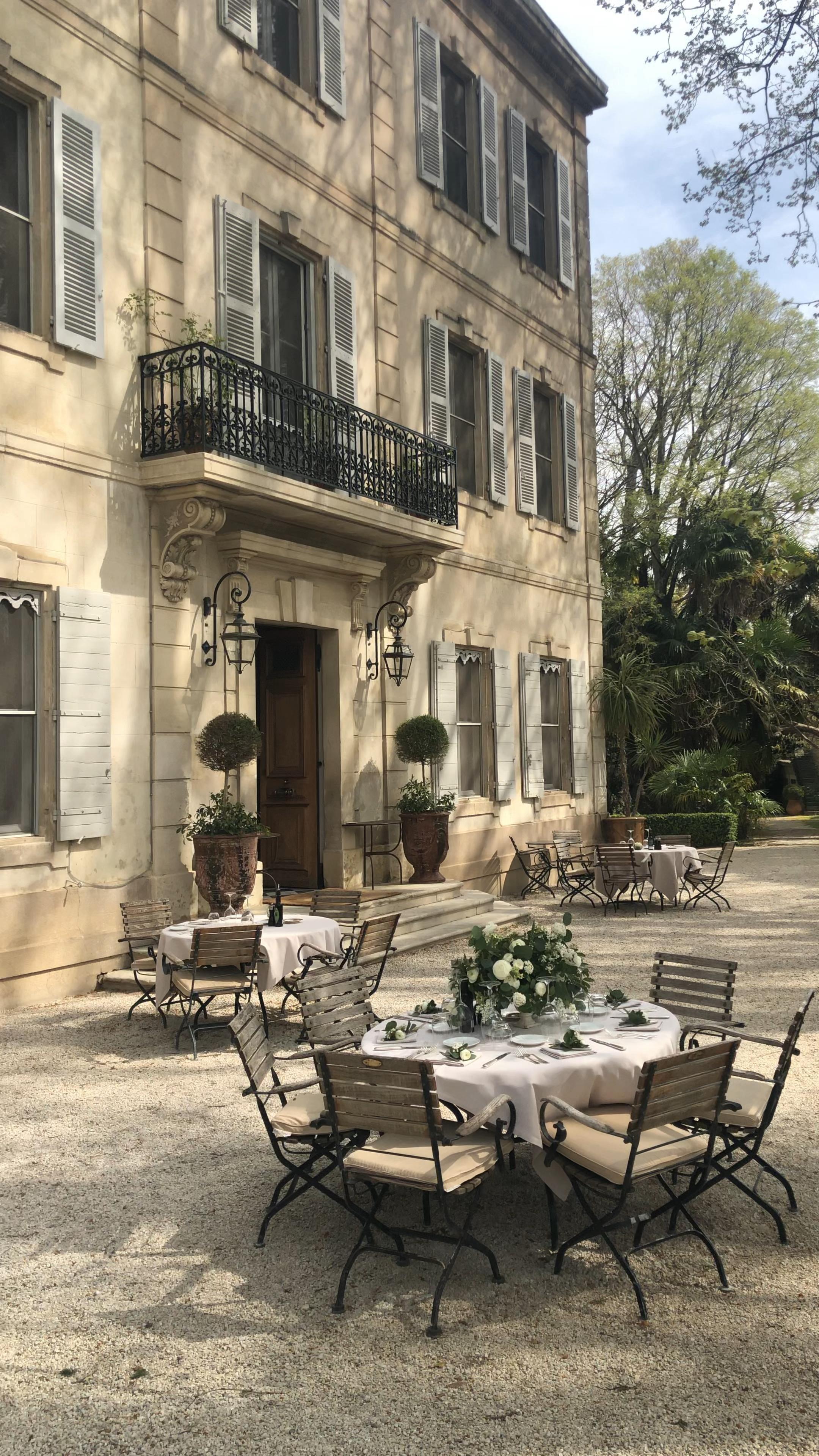 Provence Chateau des Alpilles for Your Destination