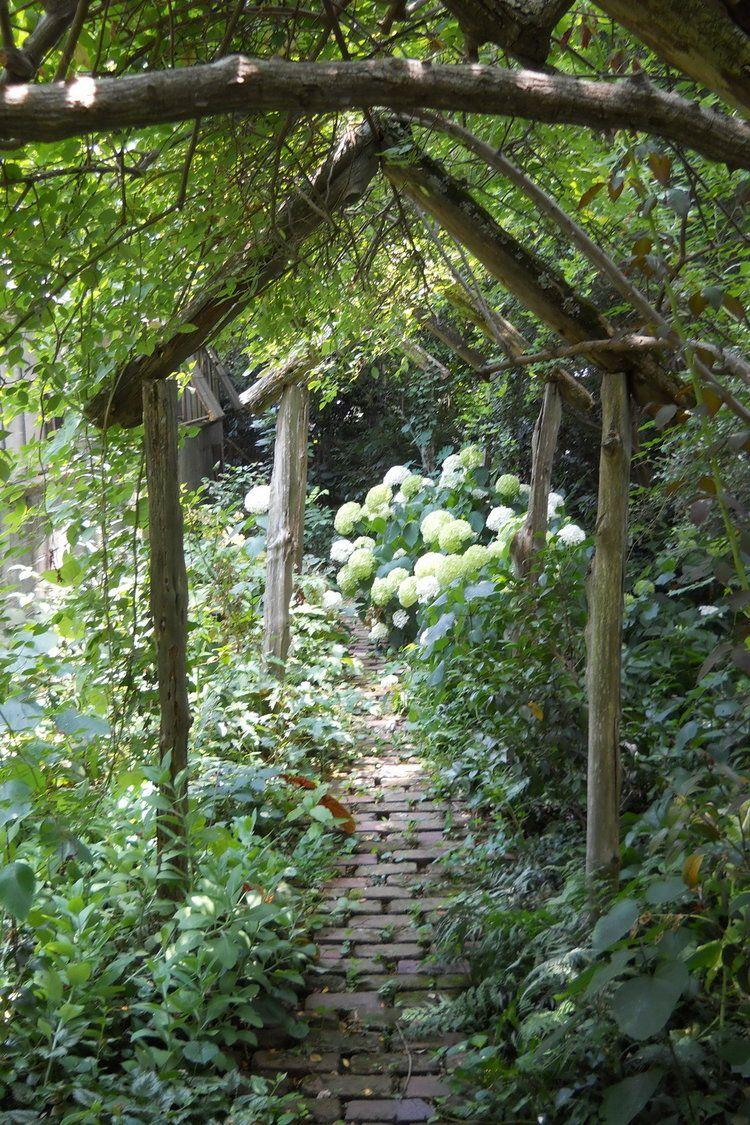 Secret Garden: Magical Secret Garden Path Ryan Gainey Garden, Atlanta