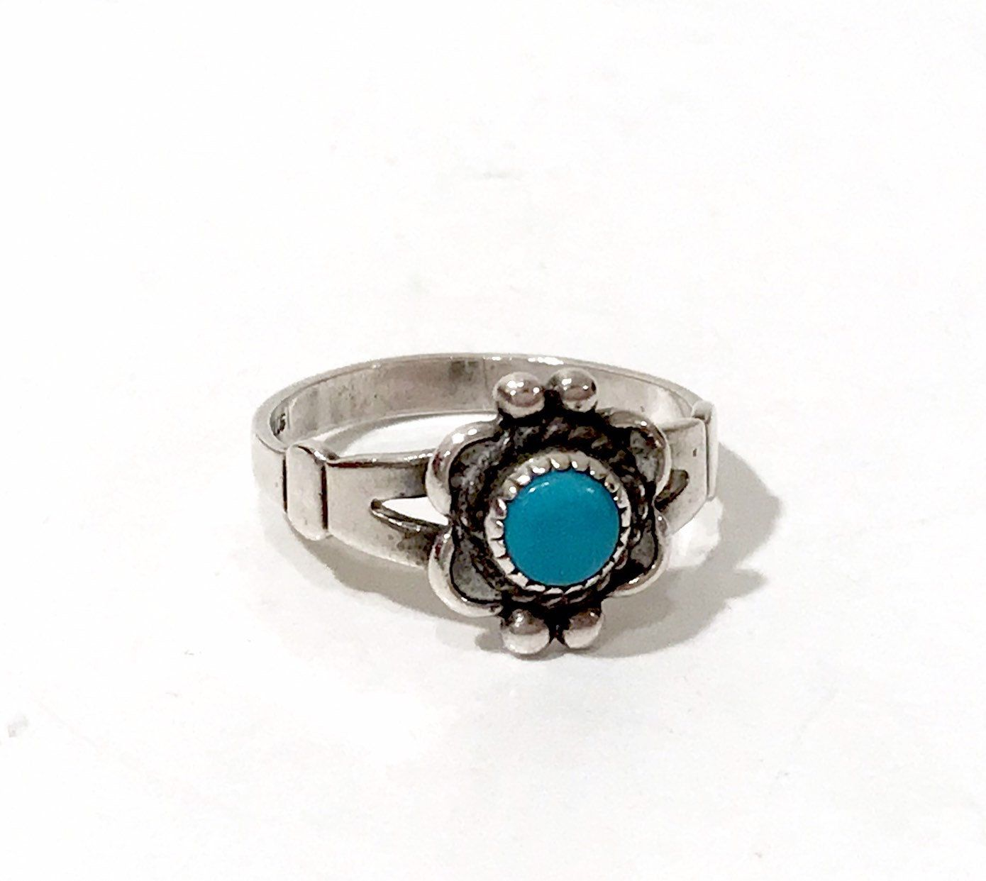 Large turquoise ring Flower Gemstone ring Anniversary gift Turquoise ring Birthday gift Blue statement ring Silver flower ring