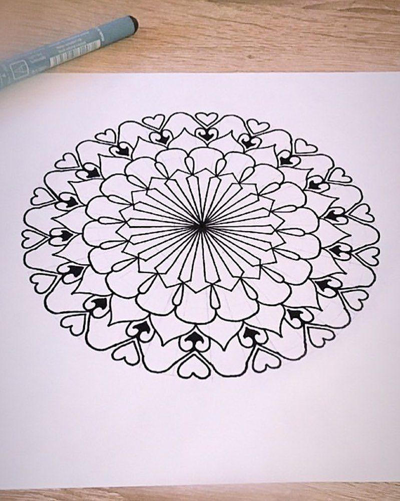 Skitcch . . . . . . . . . . #mandala #dotwork #blackwork #art #tattoo #artist #tattoodo #ink #mandalatattoo #dotworktattoo #ornamental #geometrictattoo #linework #sketch #tattoodesign #free #blackworktattoo #mandalaart #lines #dots #tattooartist #mándala