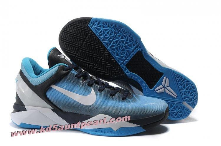 Blue shoes from the black mamba