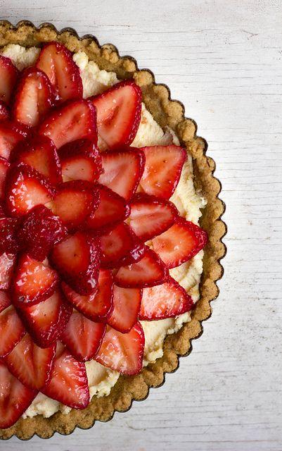 strawberry mascarpone tart by kellybakes, via Flickr