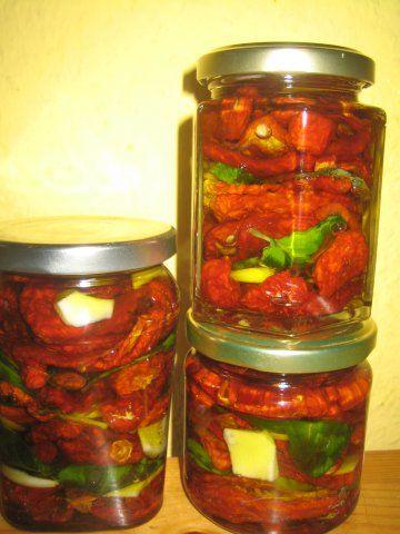 vorratshaltung eingelegte tomaten rezept mancha mancha antipasti eingelegtes pinterest. Black Bedroom Furniture Sets. Home Design Ideas