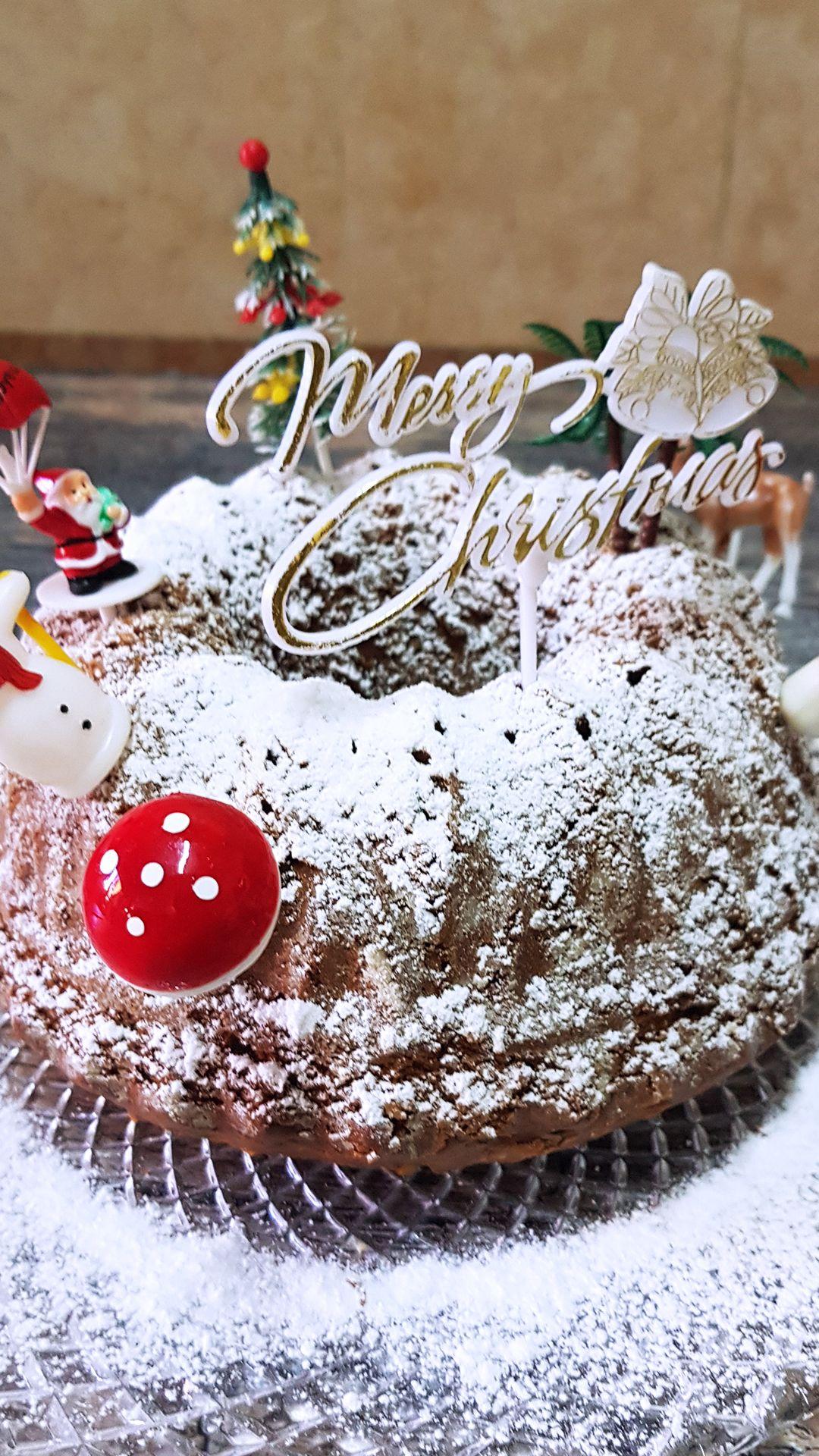 كيك الكريسماس Christmas Cake Yummy Cakes Cake Christmas Bulbs