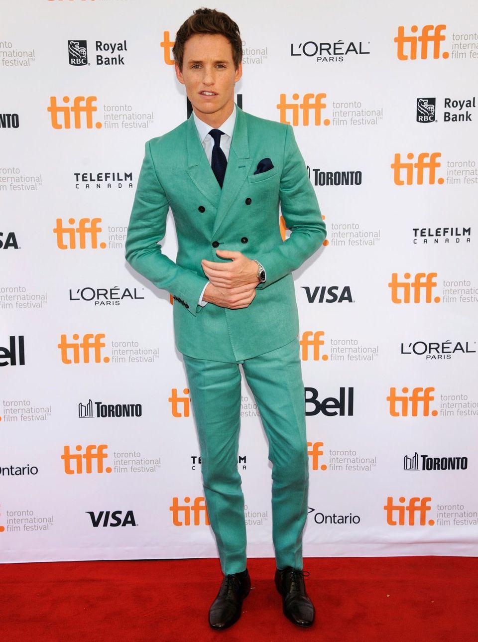 eddie redmayne costume vert