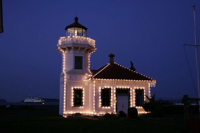 Christmas Lighthouse | Christmas at Mukilteo Lighthouse | Flickr - Photo Sharing!