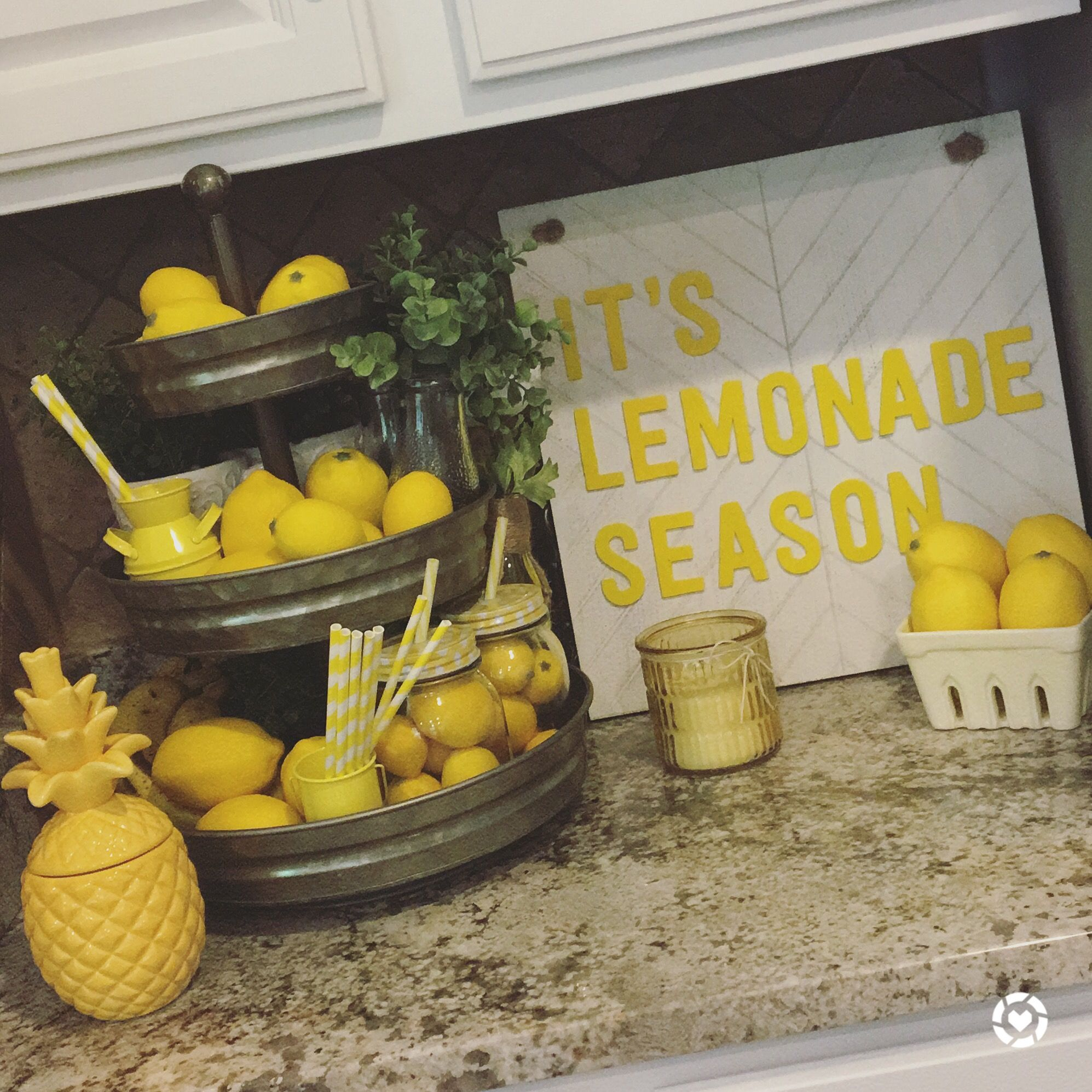 Pin By Bits Of Bri Co On Summer Decor In 2019 Lemon
