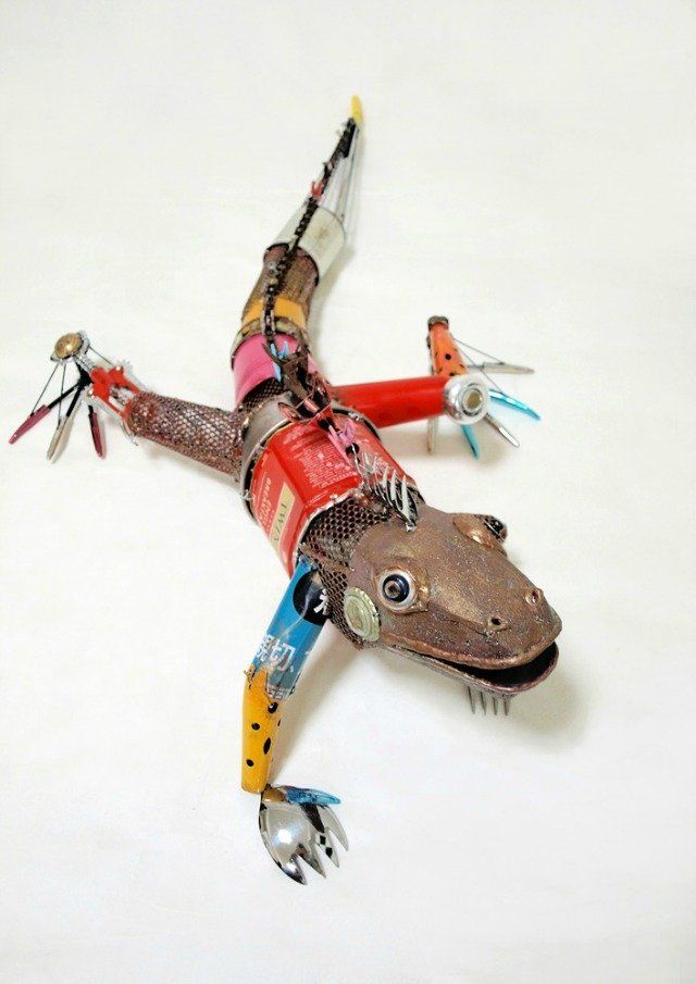 Animal sculptures made from recycled materials recycled for Art from recycled materials ideas