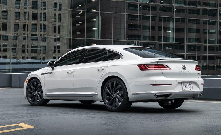 The 2019 Volkswagen Arteon Is Priced Like A True Entry Luxury Car Volkswagen Sedan Car