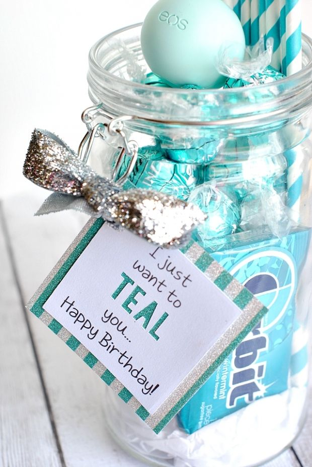 15 diy gifts for your best friend gift birthdays and diys for Cute small gifts for friends