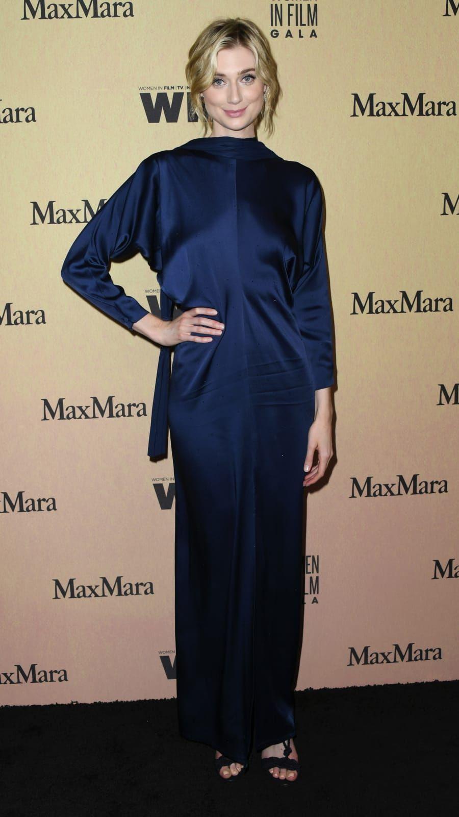Elizabeth Debicki Thecrown Princessdiana Ladydiana Actress In 2020 Elizabeth Debicki Actresses Princess Diana