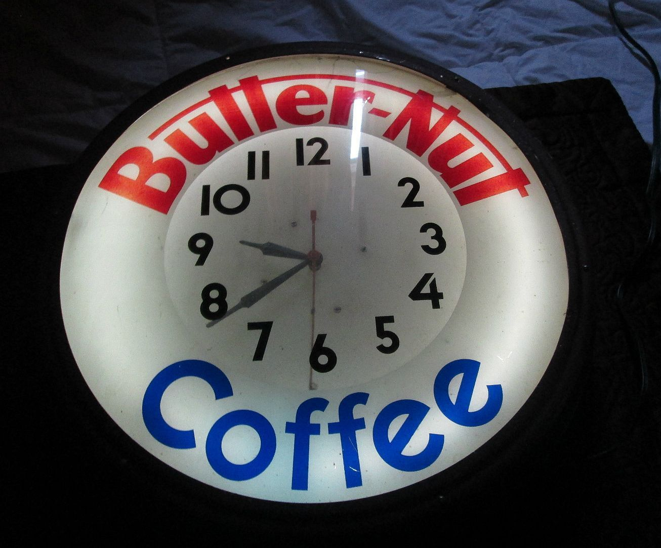 Butter-Nut Coffee Clock (Old Vintage Neon Advertising Clocks, Butter Nut Antique Lighted Round Clock)