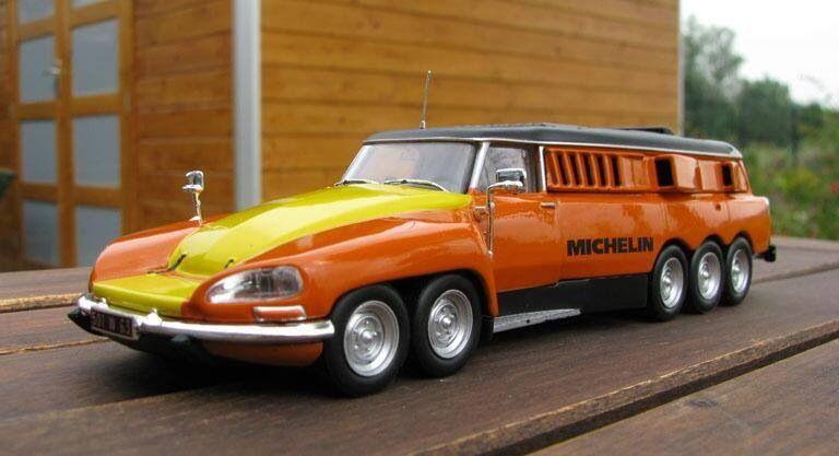 citro n ds mille pattes by michelin 1972 une voiture unique con ue par l 39 quipementier de pneu. Black Bedroom Furniture Sets. Home Design Ideas