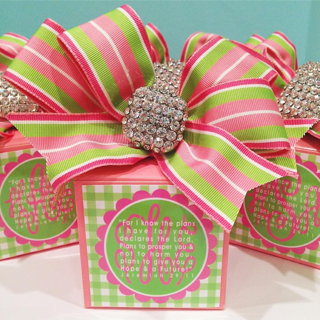pink & green preppy party favors - 552 Likes, 50 Comments - LB ...