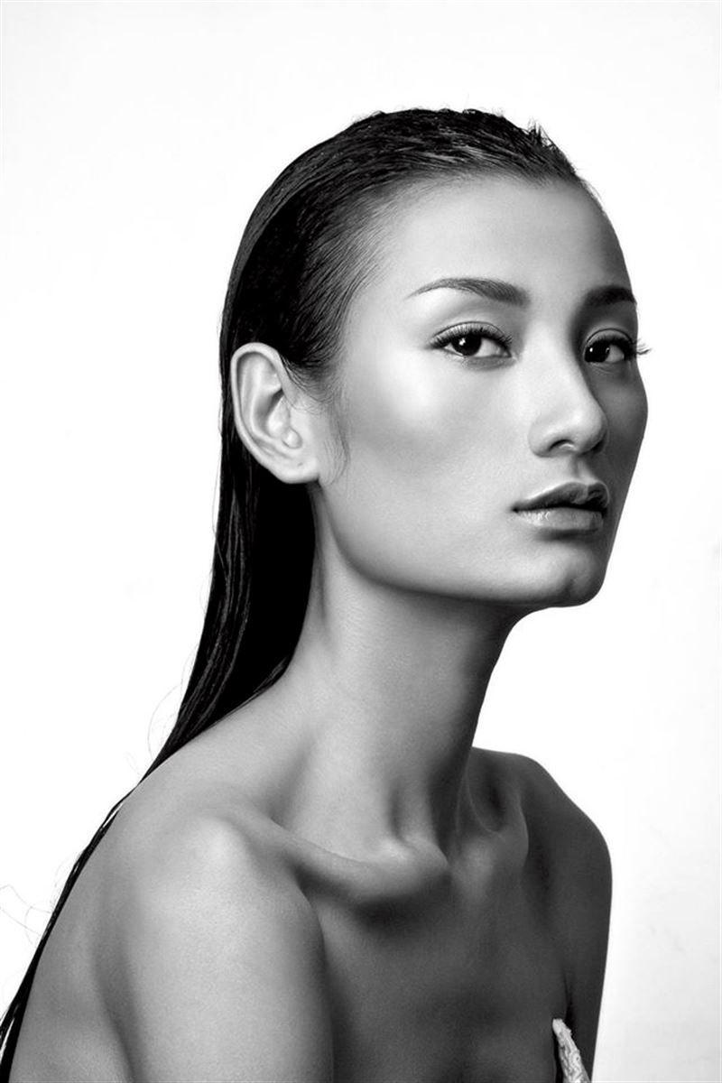 Lethi t studio portrait photography studio portraits face photo model test