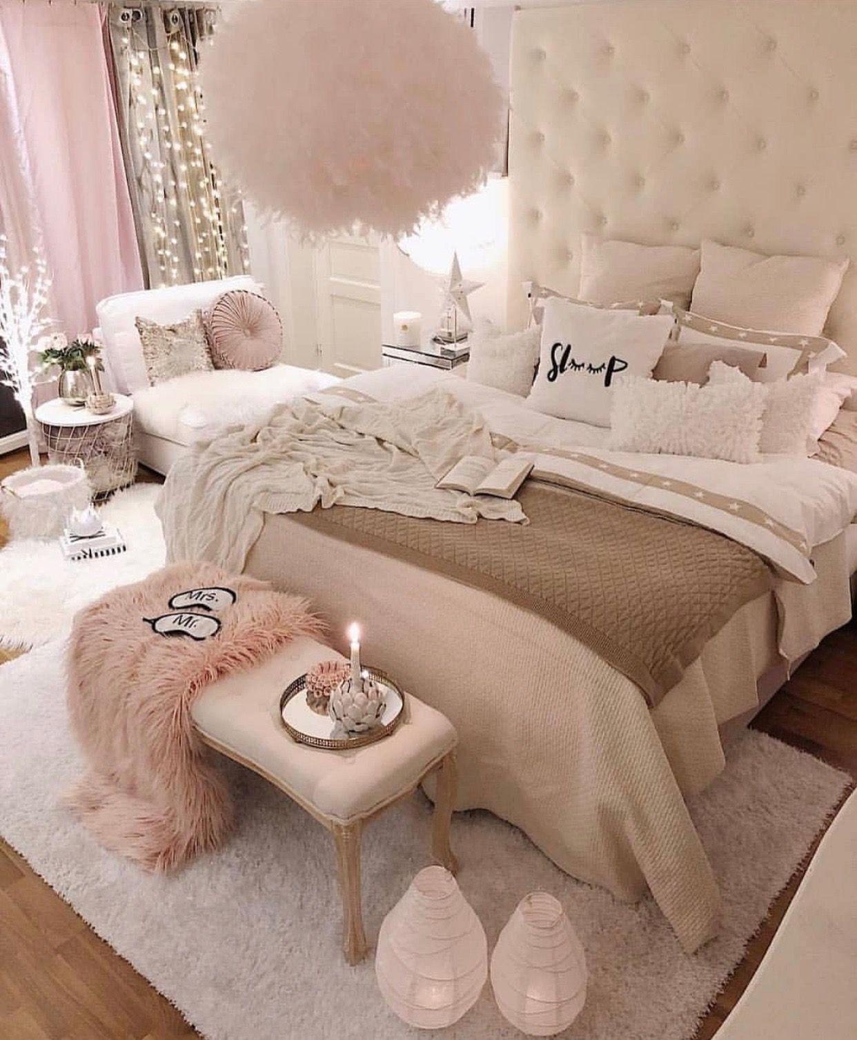 Pin By Miss Purple Rose On Idees Deco Fancy Bedroom Bedroom Interior Room Ideas Bedroom