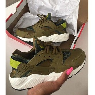 ef1f52d2e119 shoes oliver color huarache nike nike air huaraches olive green khaki  instagram tumblr