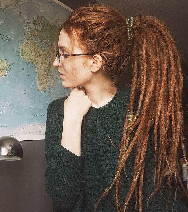 Mmmmmeeeeeeeeee A Lot Of People Didn T Know This But I Have Dreadlocks And My Hair Is Red Like Hers At One Point Th Dread Hairstyles Rasta Hair Dreadlocks Girl