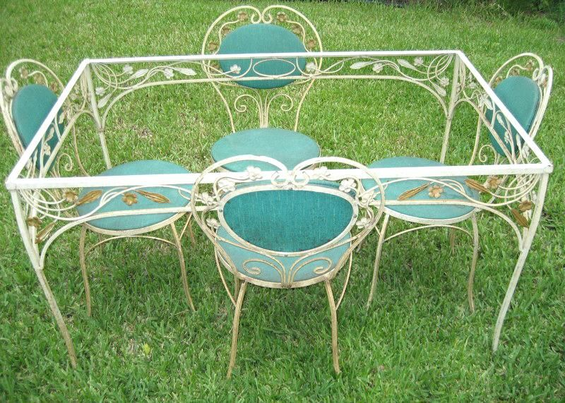 Image Result For Vintage Wrought Iron Bistro Set Chairs Have Flower