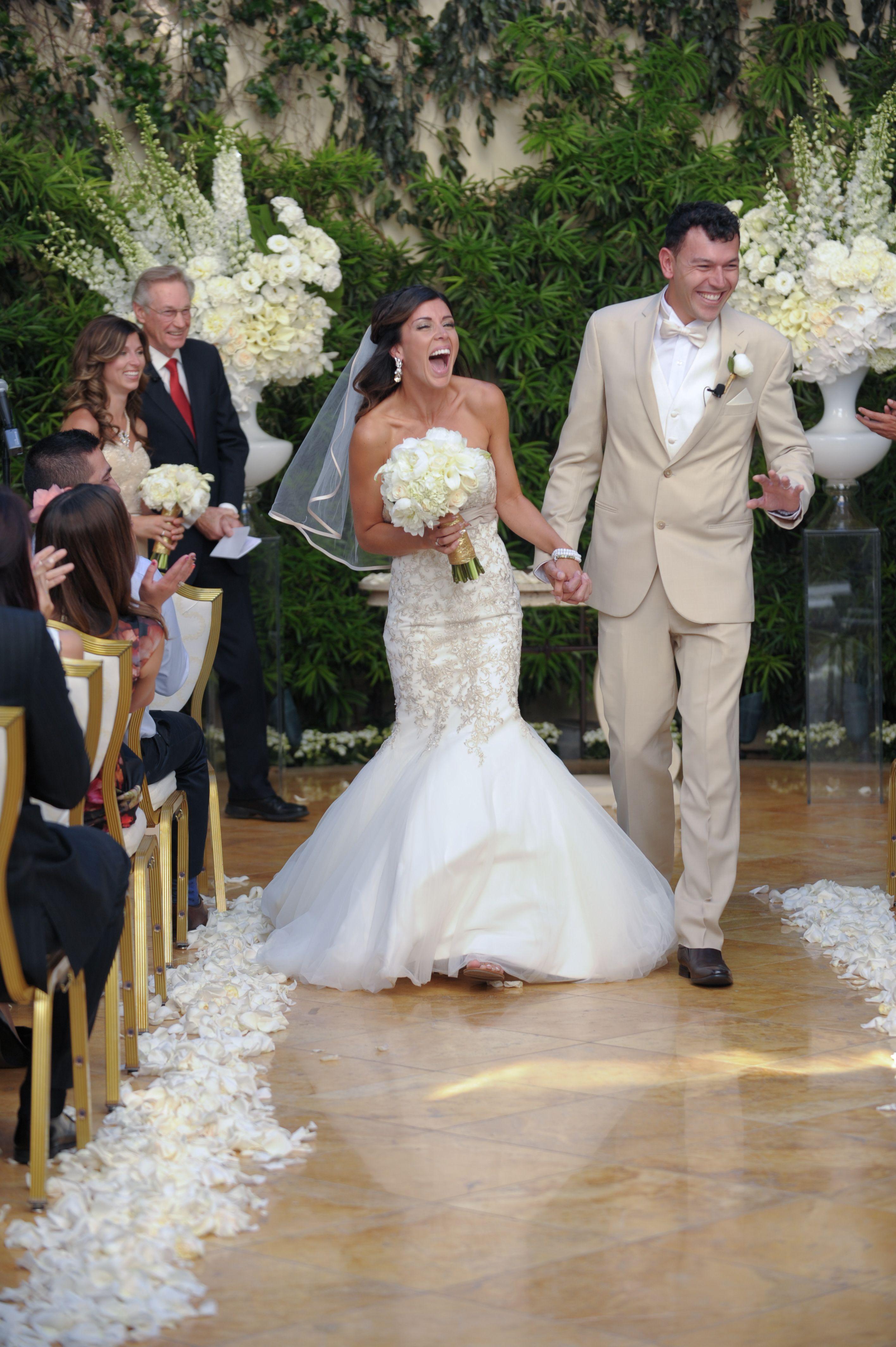 A beautiful las vegas wedding at wynn hotel casino in