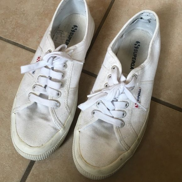 Superga white sneakers | Superga white