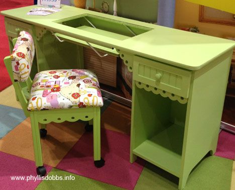 Nice Sewing Table   This Is Really Cute, But I Would Want A Different Color.
