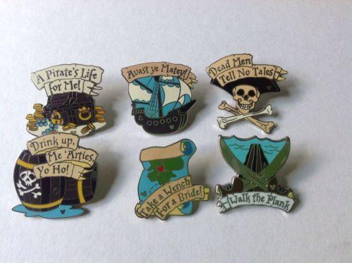 Cast Lanyard Disney Pirates Of The Caribbean Pin Set