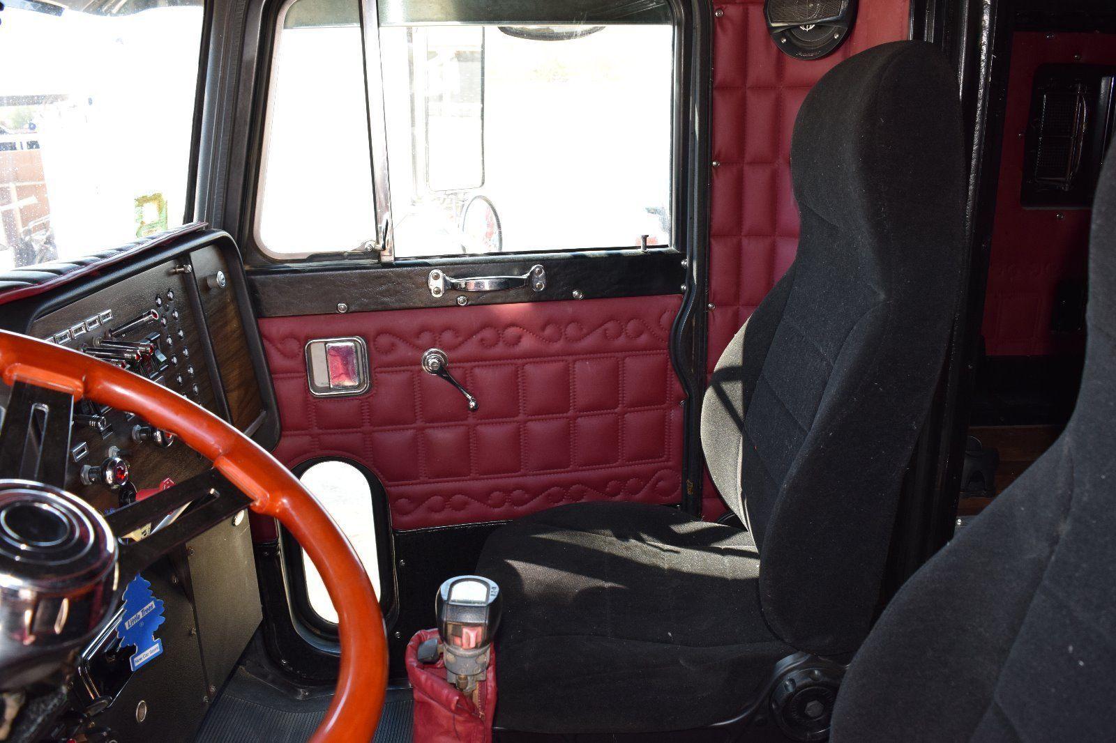 1984 peterbilt 359 custom toter truck