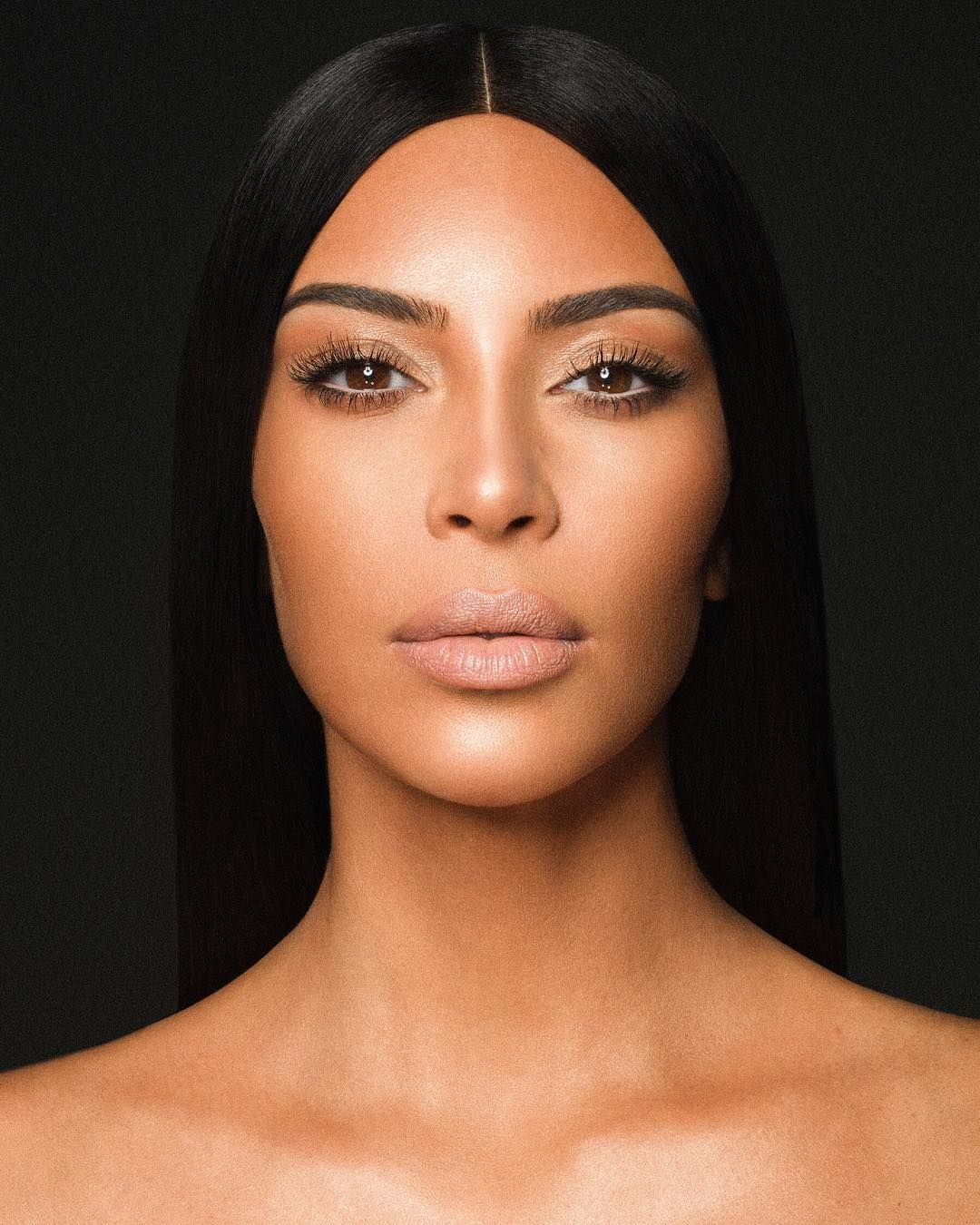 Wearing Kimberly Kkw X Kylie Kim Kardashian Eyebrows Kim Kardashian Kardashian Beauty