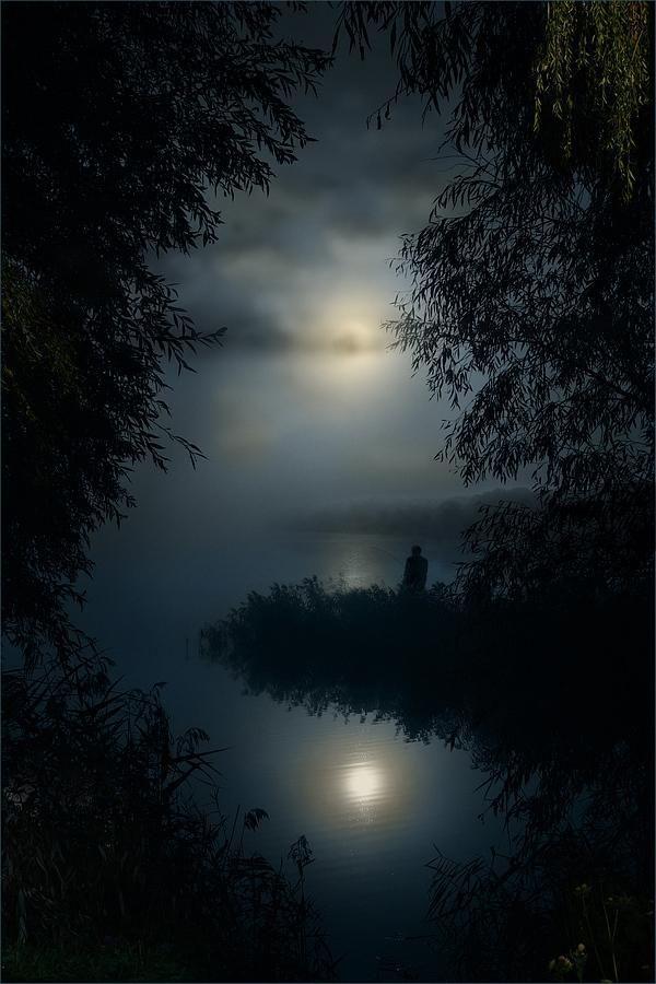 A Misty Moon Light Sun StarsBeautiful