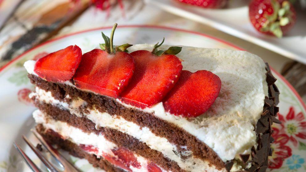 Tipps Zum Einfrieren Von Kuchen Und Torten Kuchen Und Torten Erdbeer Torte Erdbeerkuchen Rezept