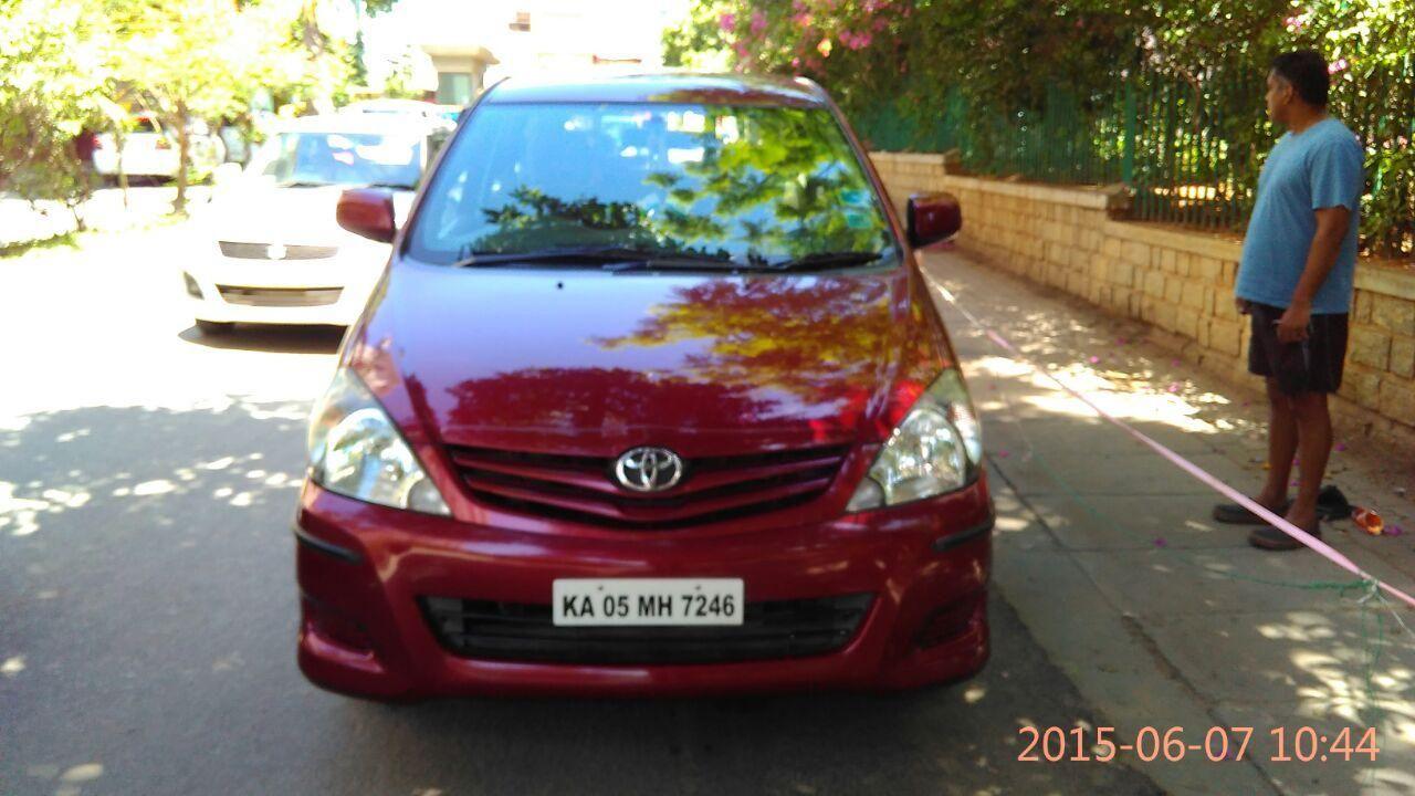 Used 2010 Toyota Innova 2.5 G 7 STR BSIV for 10 Lakhs