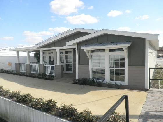 Palm Harbor With Images Mobile Home Exteriors Palm Harbor
