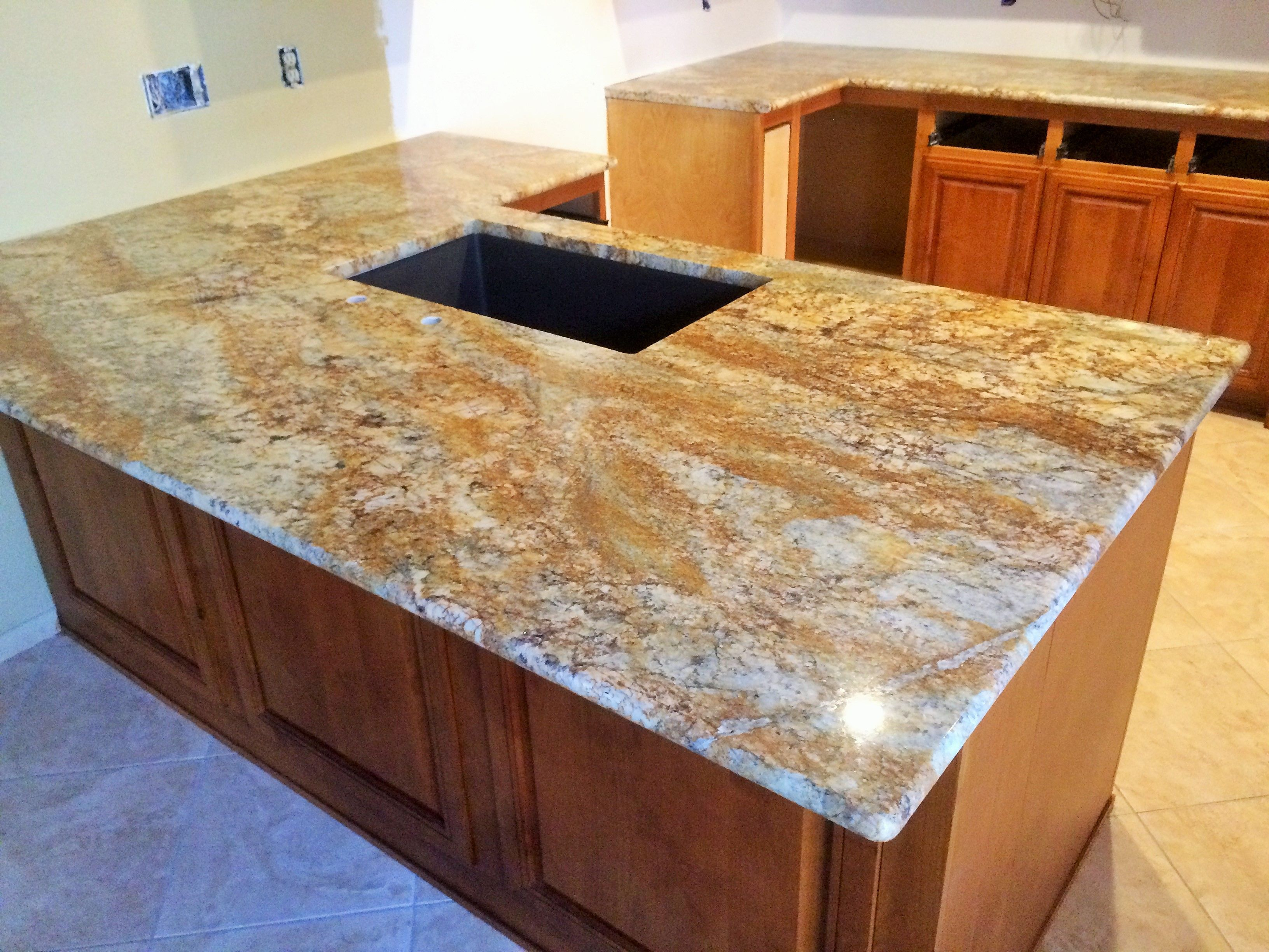 Colonial Gold Granite Kitchen Large Geriba Gold Island Kitchen Remodel Home Decor Kitchen