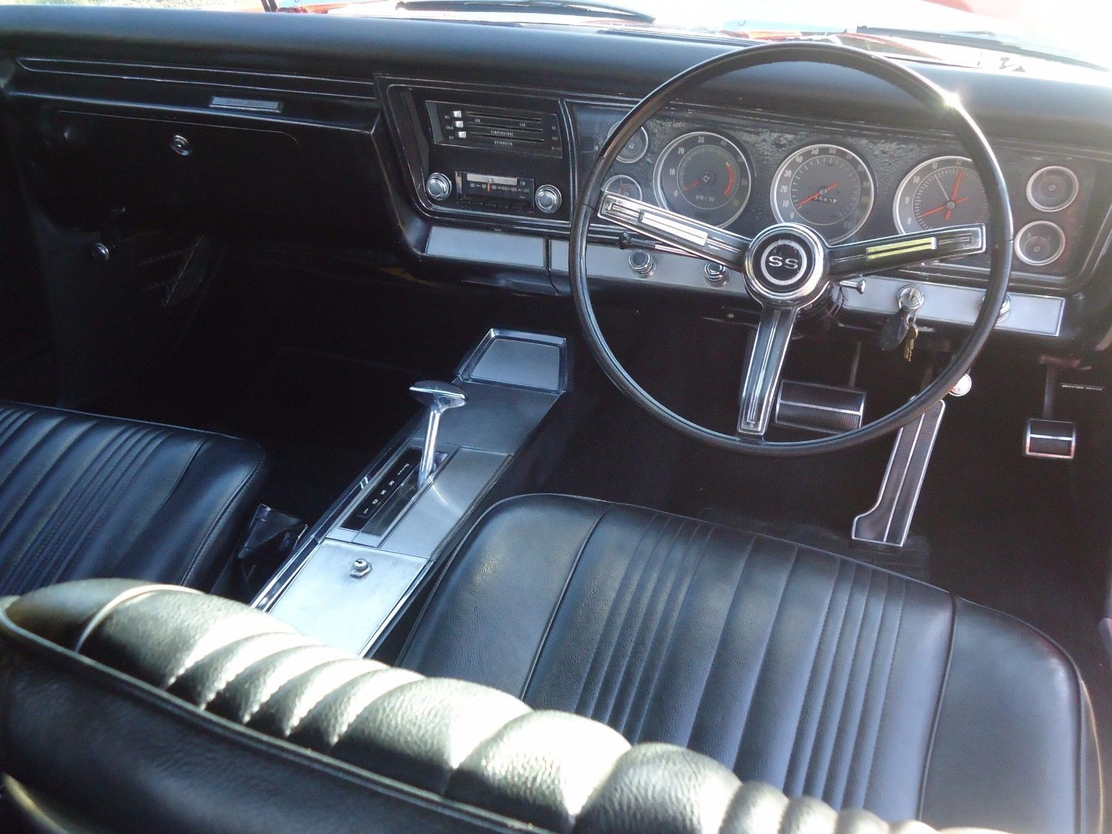1967 ss chevrolet impala rhd converted dash a lot of work but they look