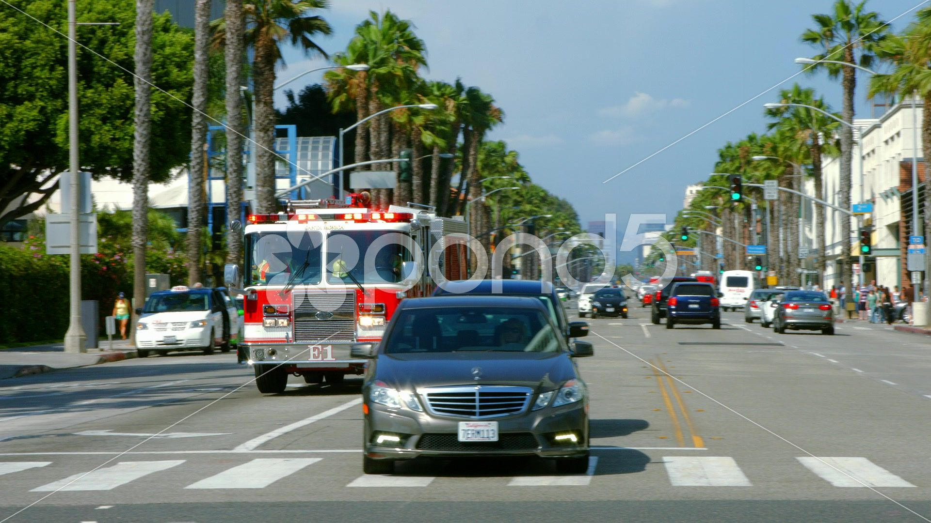 Los Angeles Fire Department On Wilshire Blvd Blackmagic 4k Production Camera Stock Footage Ad Depar In 2020 Los Angeles Fire Department Fire Department Los Angeles