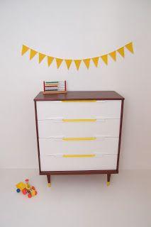Mid century dresser   http://uneideedanslacaboche.blogspot.ca/
