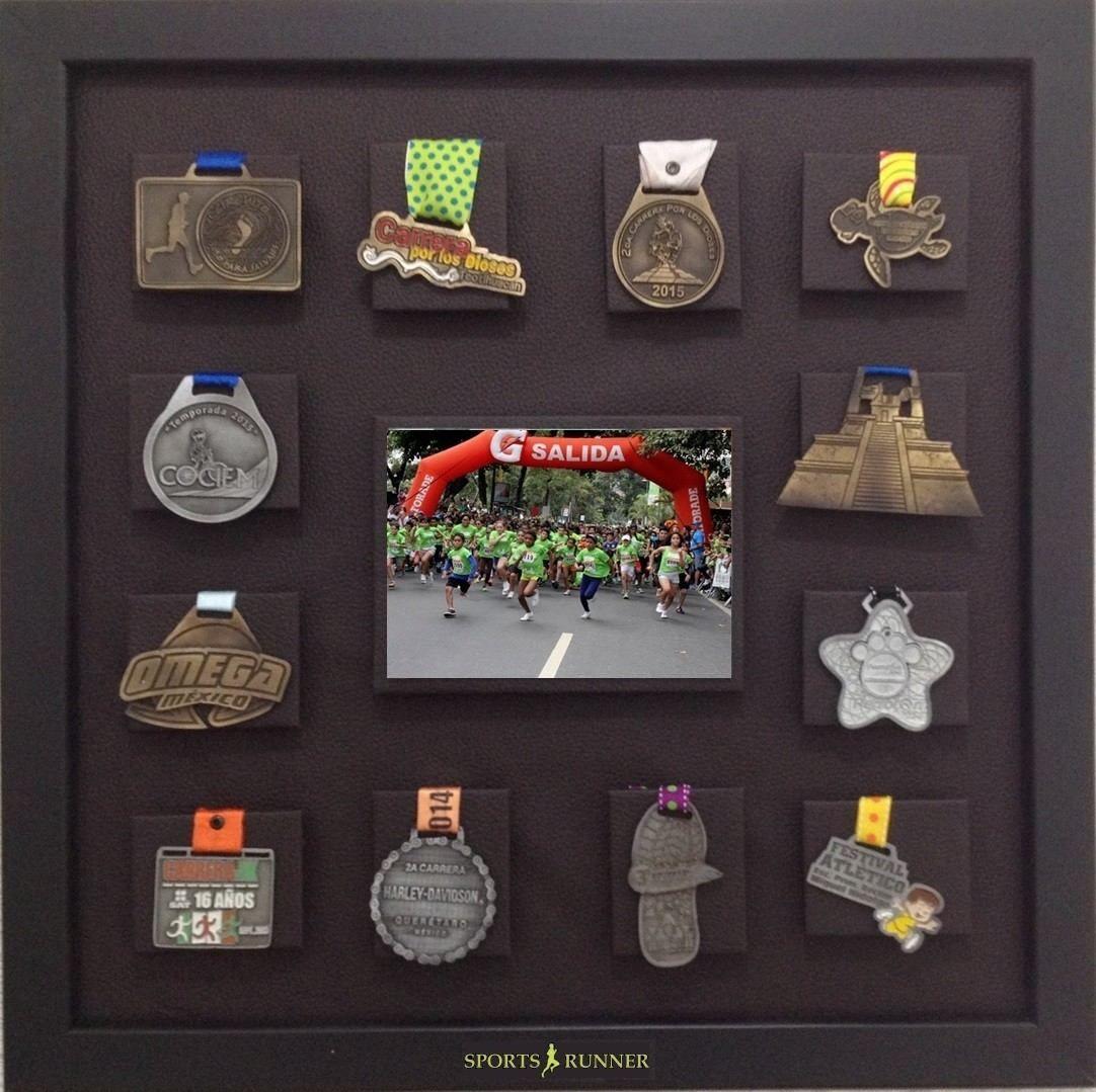 medallero, en vinipiel para, 12 medallas, espacio para foto | More ...