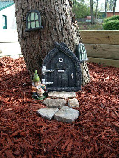 Gnome Tree Stump Home: Gnome House #gnomes #house #tree