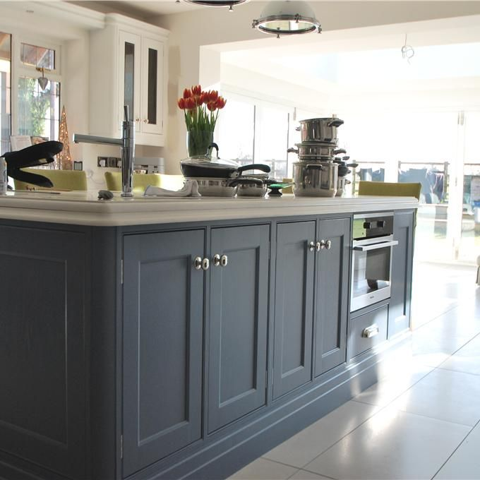 Best Island Colour Choice Kitchen Cupboard Colours Farrow 400 x 300