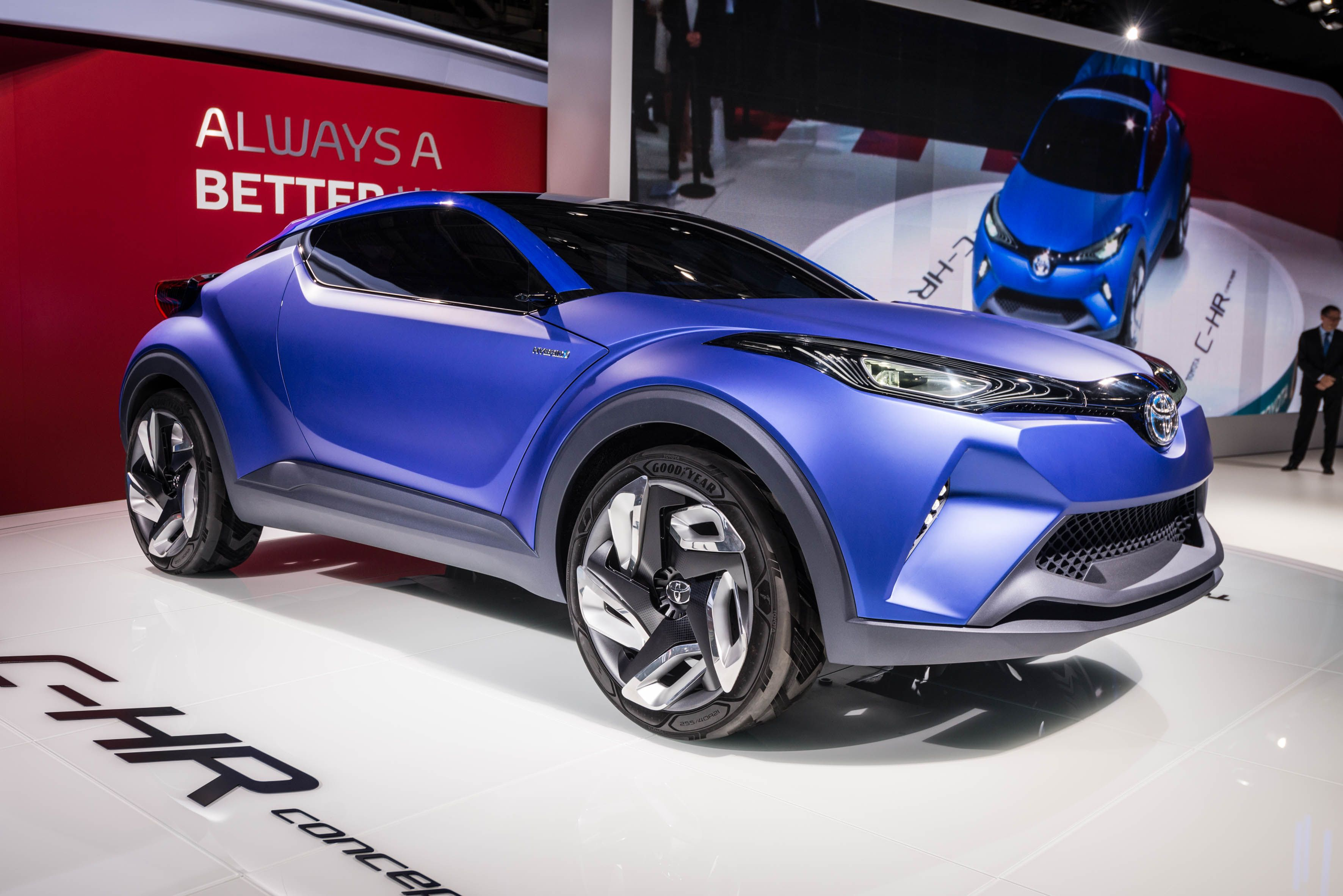 Car seating capacity compact crossover cars toyota cars toyota chr - Toyota Has Unveiled A New Concept Car At The 2014 Paris Motor Show Called The C Hr Concept