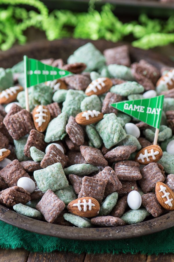 The ultimate football puppy chow! Cheer on your favorite team with this game day…