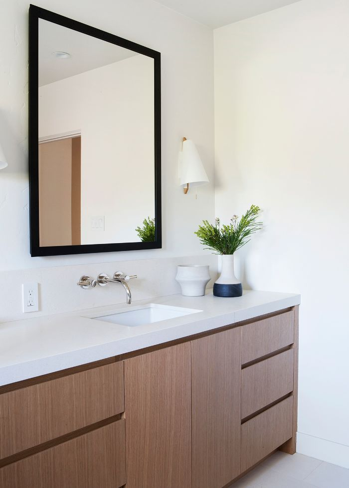 10 Bathroom Paint Colors Interior Designers Swear By