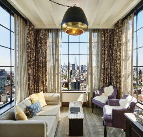 The Ludlow Hotel - Offrant une vue spectaculaire sur les gratte-ciel et les ponts de New York, l'établissement The Ludlow Hotel se situe dans le quartier Lower East Side de Manhattan. Une connexion Wi-Fi est disponible gratuitement dans toutes les chambres. Adresse The Ludlow Hotel: 180 Ludlow Street NY 10002 New York City (New York)