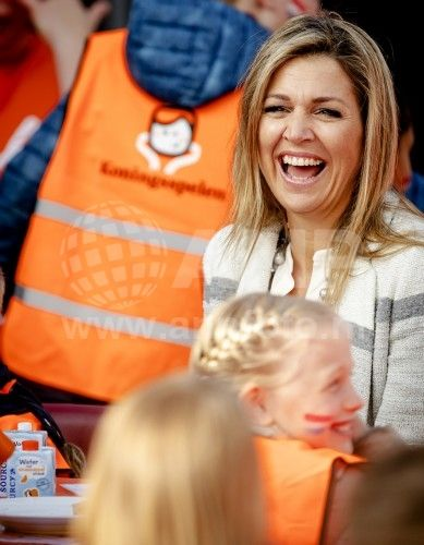 Queen Maxima at the annual Kingsplays at school The Vijfmaster in Veghel. April 21, 2017 | ANP Foto