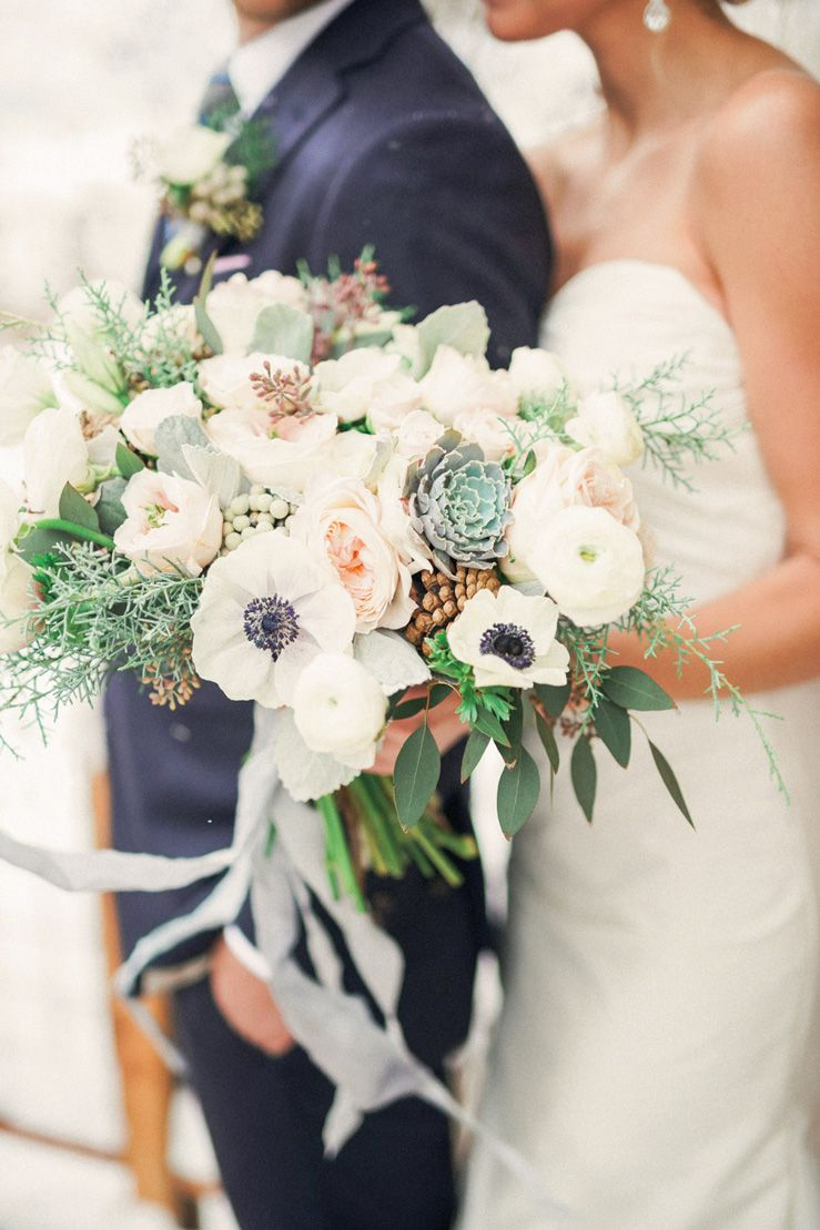 Winter wedding bouquet | fabmood.com