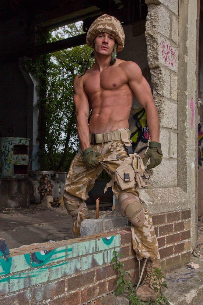 ELVIA: Sexy military guys