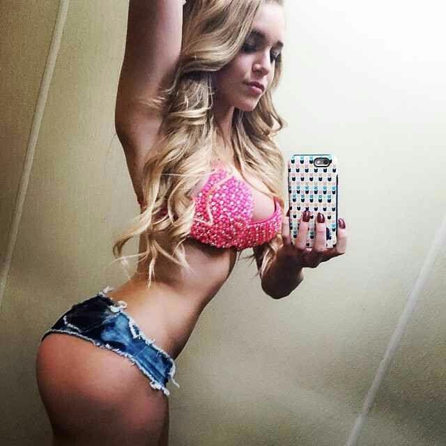 Big booty saudia sex