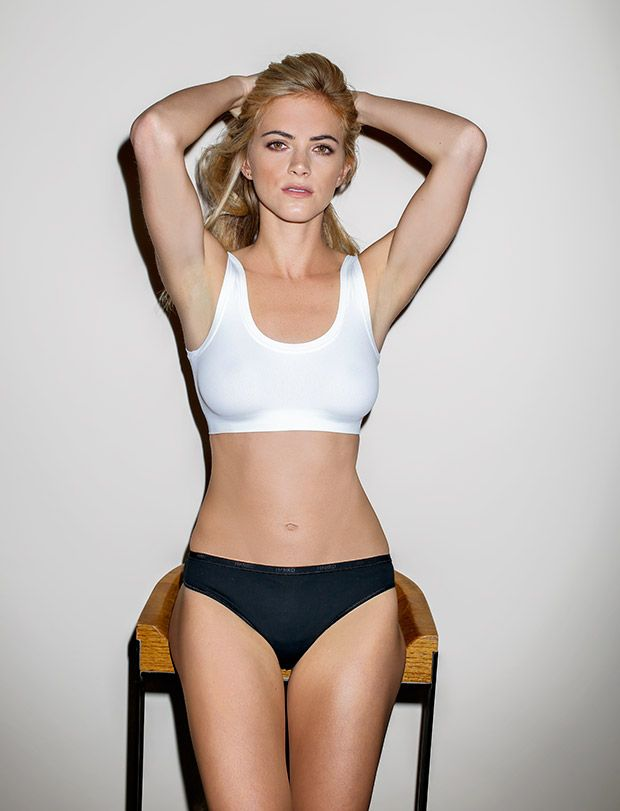 emily wickersham gif hunt