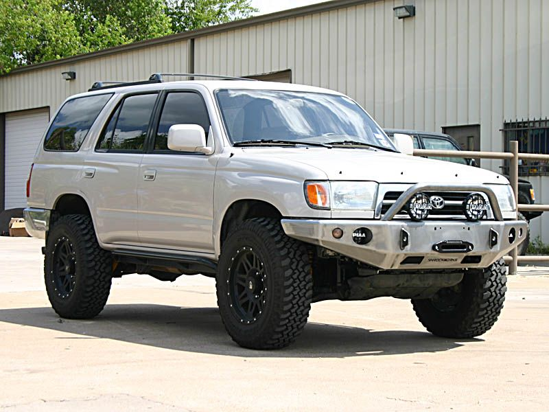 3rd gen 4runner front bumpers pirate4x4 com 4x4 and off road forum 4runner 3rd gen 4runner 2002 4runner 3rd gen 4runner front bumpers